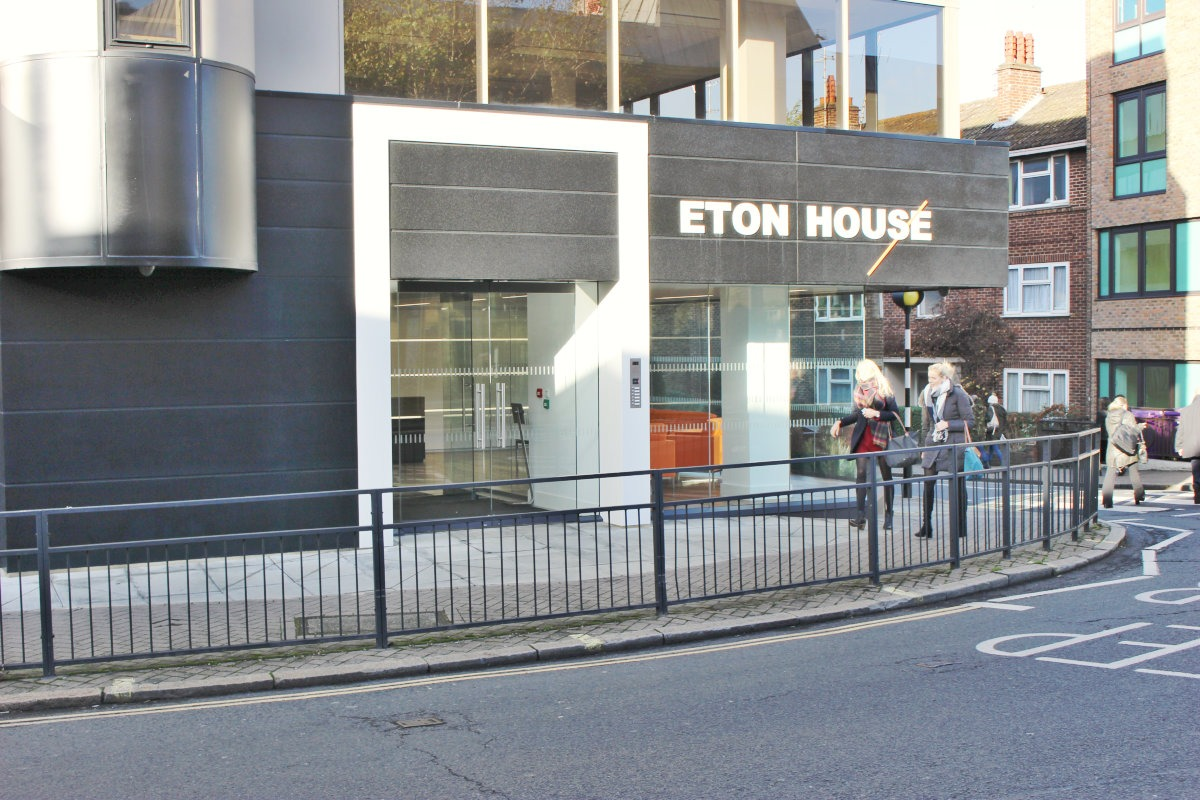 Eton-House-Waterland